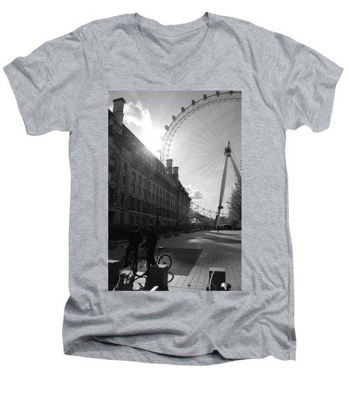Set Of Wheels Men's V-Neck T-Shirt