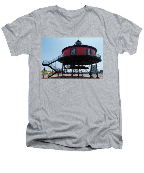 Seven-foot Knoll Lighthouse Men's V-Neck T-Shirt