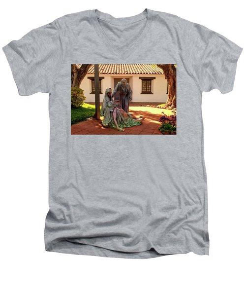 Shadow Of The Cross Detail Men's V-Neck T-Shirt