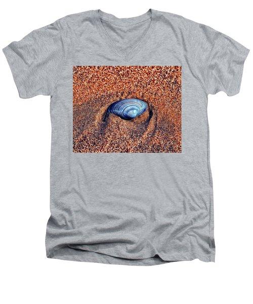 Shell Men's V-Neck T-Shirt