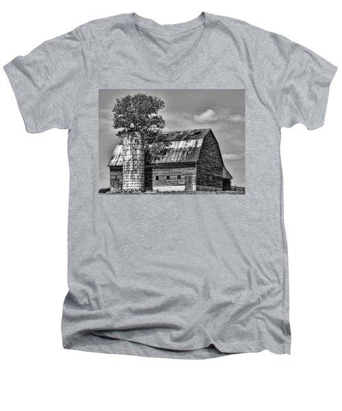 Silo Tree Black And White Men's V-Neck T-Shirt