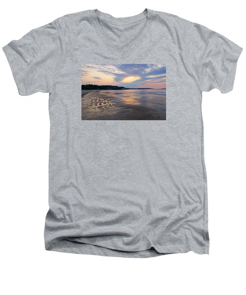Singing Beach Sandy Beach Manchester By The Sea Ma Sunrise Men's V-Neck T-Shirt