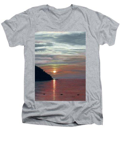 Sister Bay Sunset Men's V-Neck T-Shirt