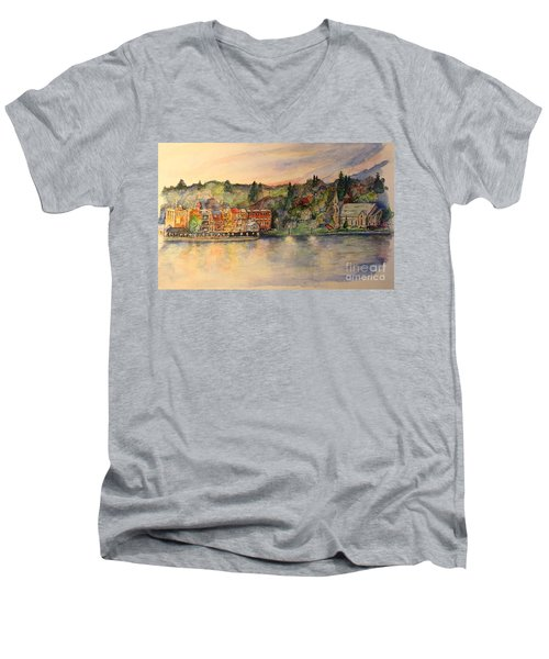 Skaneateles Ny Men's V-Neck T-Shirt