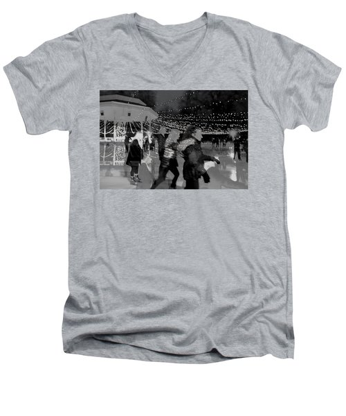 Skaters Men's V-Neck T-Shirt