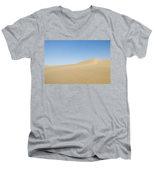 Skn 1412 Ripples On The Slope Men's V-Neck T-Shirt