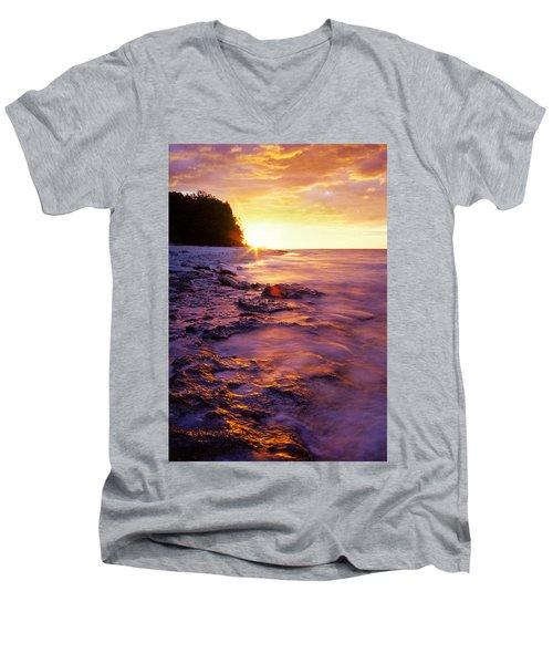 Slow Ocean Sunset Men's V-Neck T-Shirt