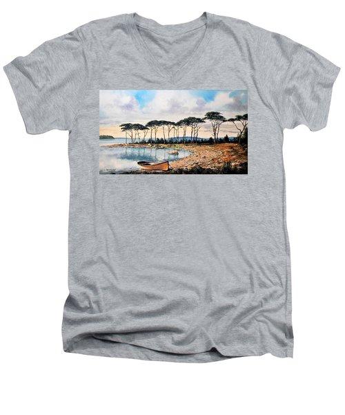 Smith's Cove Men's V-Neck T-Shirt