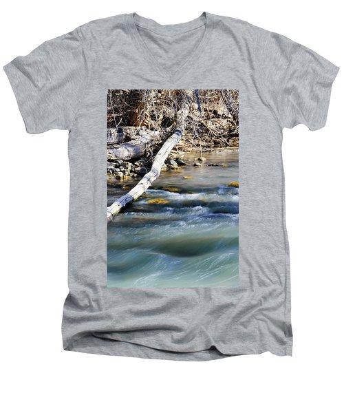 Smooth Water Men's V-Neck T-Shirt