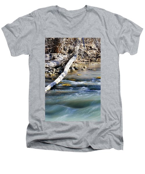 Smooth Water Men's V-Neck T-Shirt