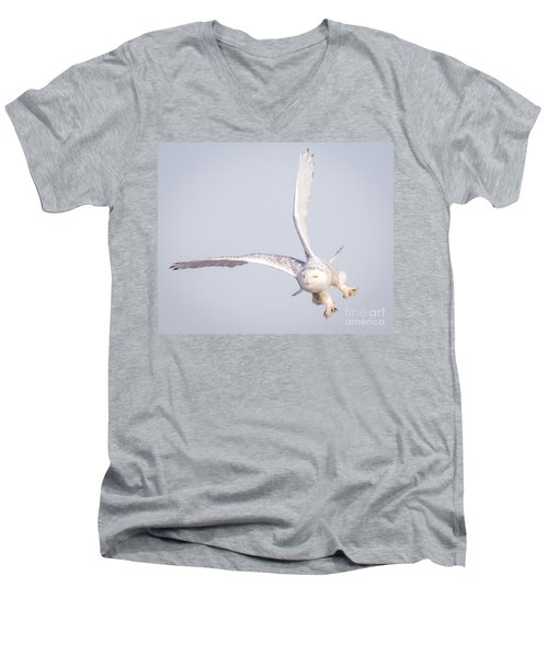 Snowy Owl Flying Dirty Men's V-Neck T-Shirt