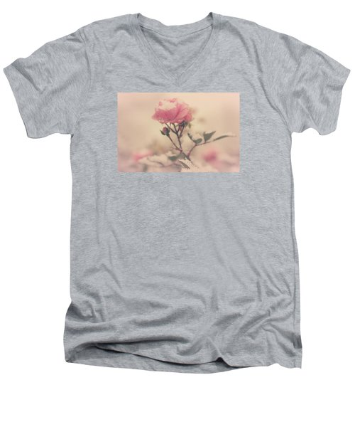 Snowy Day Of Roses Men's V-Neck T-Shirt