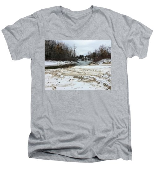 Snowy Elk Rapids River Men's V-Neck T-Shirt
