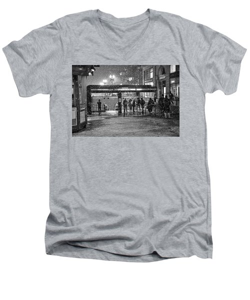 Snowy Harvard Square Night- Harvard T Station Black And White Men's V-Neck T-Shirt