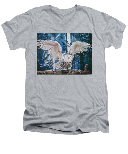 Snowy Owl On Takeoff  Men's V-Neck T-Shirt