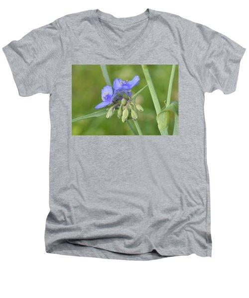 Soft Purple Spider Men's V-Neck T-Shirt
