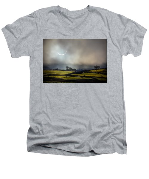 Solar Eclipse Over County Clare Countryside Men's V-Neck T-Shirt