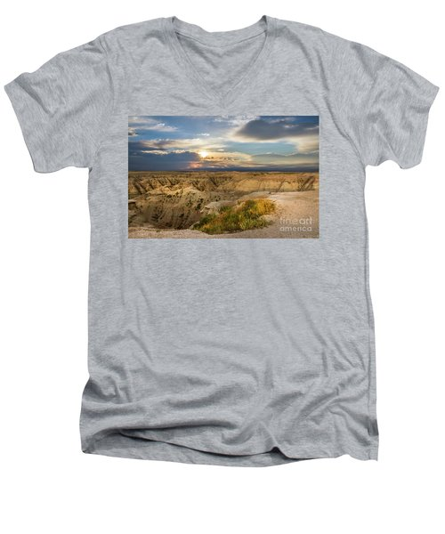 South Dakota Sunrise Men's V-Neck T-Shirt
