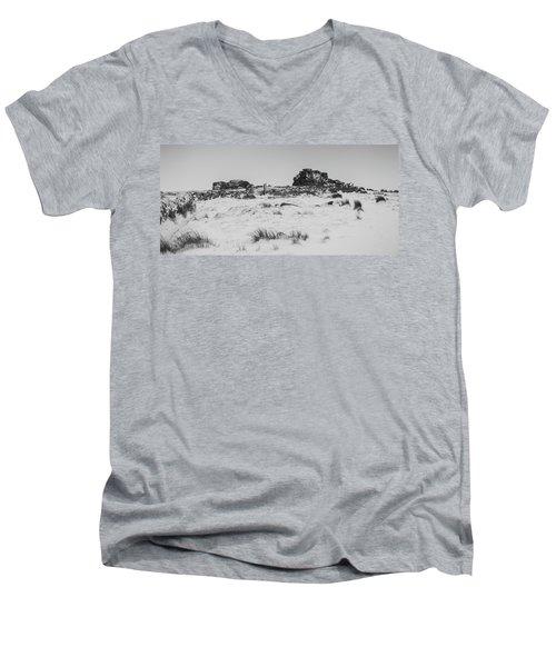 South Hessary Tor In The Snow Men's V-Neck T-Shirt