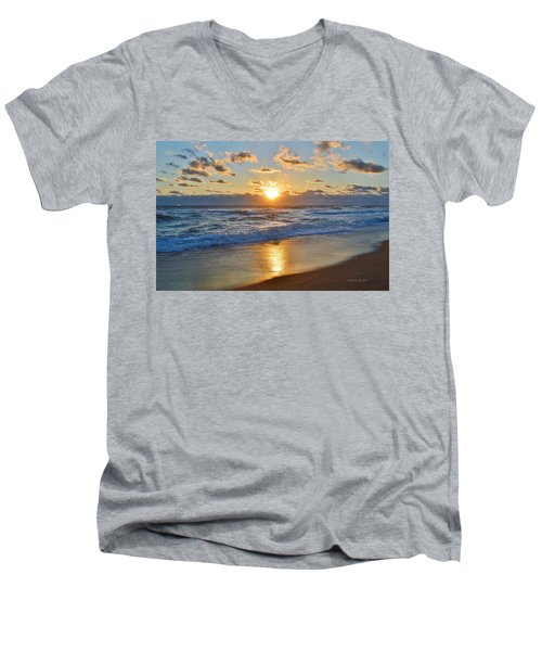 Southern Shores 10/18/15 Men's V-Neck T-Shirt