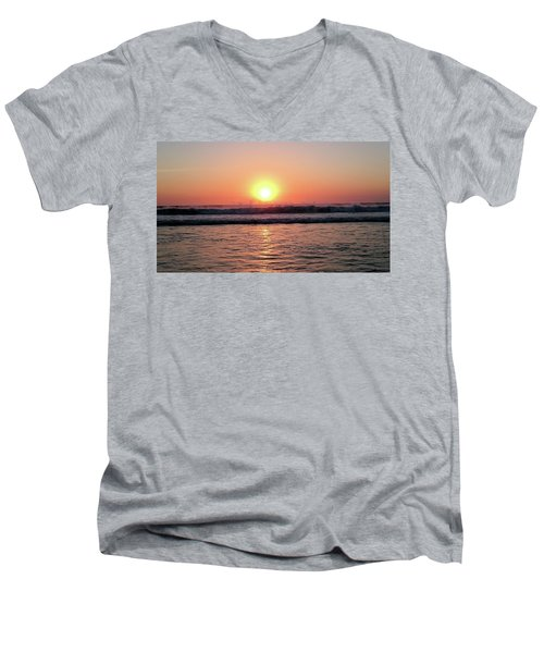 Splashing Men's V-Neck T-Shirt