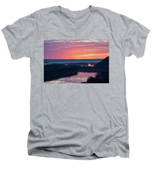 Srw-2 Men's V-Neck T-Shirt