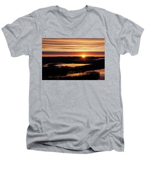 Srw-7 Men's V-Neck T-Shirt