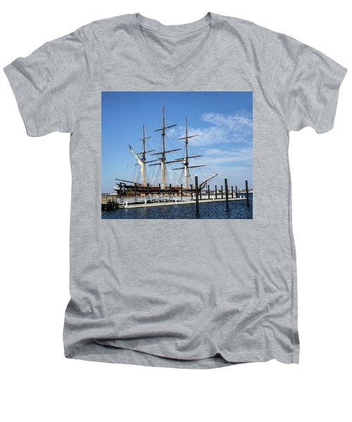 Ssv Oliver Hazard Perry Men's V-Neck T-Shirt