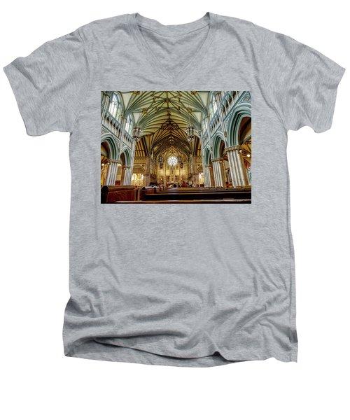 St Dunstan's Cathedral  Men's V-Neck T-Shirt