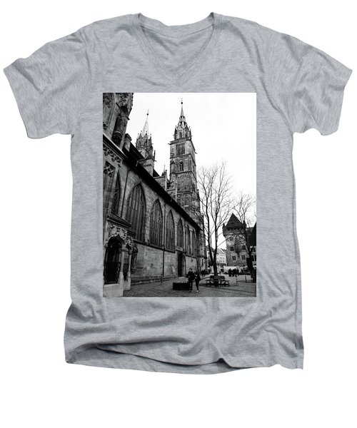 St. Lorenz Cathedral Men's V-Neck T-Shirt