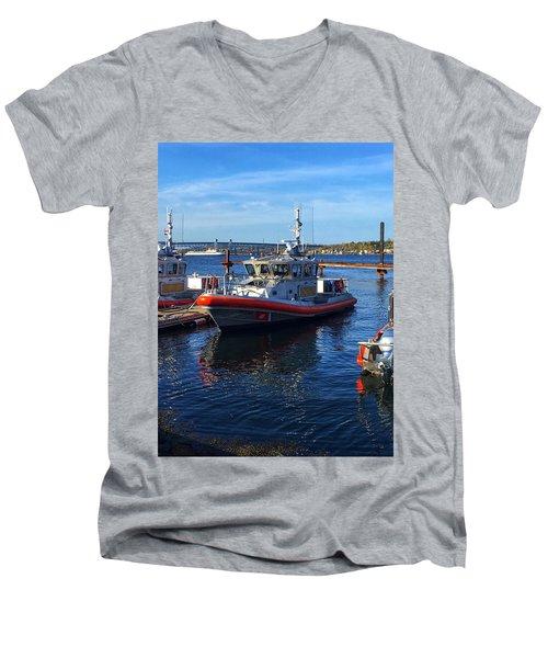Sta. Nl Men's V-Neck T-Shirt