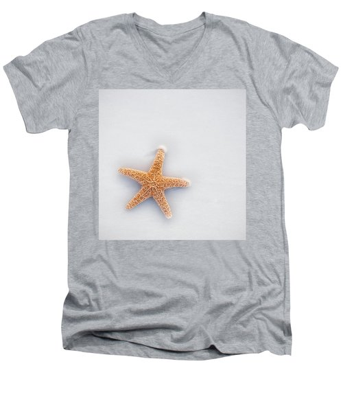 Starfish Men's V-Neck T-Shirt