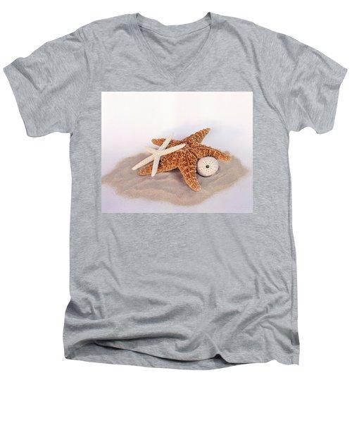 Starfish Still Life Men's V-Neck T-Shirt