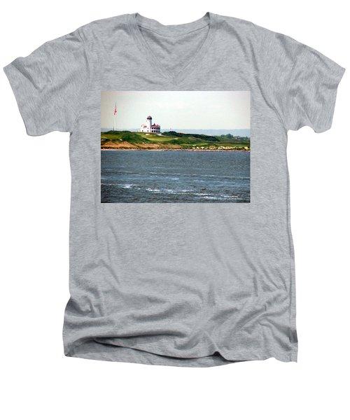 Staten Island Men's V-Neck T-Shirt
