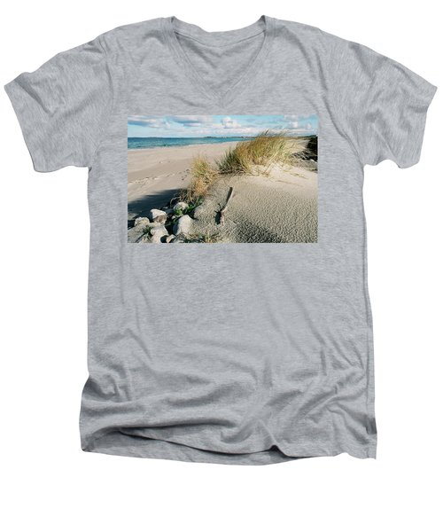 Stavanger Shore Men's V-Neck T-Shirt