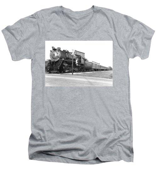 Steam In Motion Men's V-Neck T-Shirt