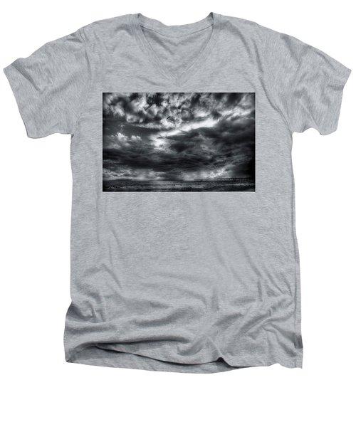 Storm Clouds Ventura Ca Pier Men's V-Neck T-Shirt