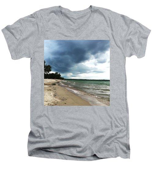 Storms Men's V-Neck T-Shirt
