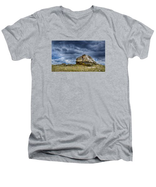 Stormy Peak 2 Men's V-Neck T-Shirt