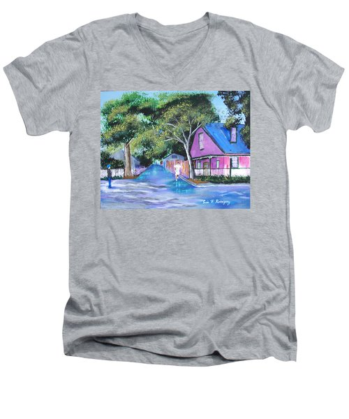 Street In St Augustine Men's V-Neck T-Shirt by Luis F Rodriguez