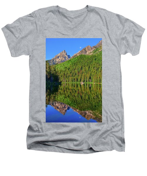 String Lake Morning Mirror Men's V-Neck T-Shirt