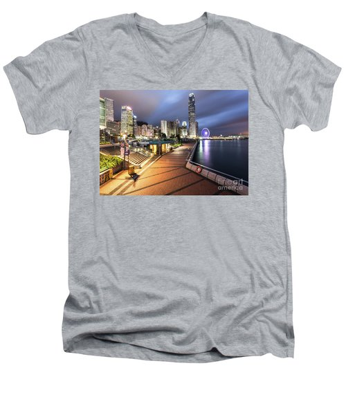 Stunning View Of Hong Kong Central Business District Skyscrapers Men's V-Neck T-Shirt