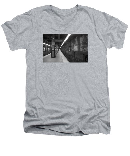 Men's V-Neck T-Shirt featuring the photograph Subway At Grand Central by Allen Carroll