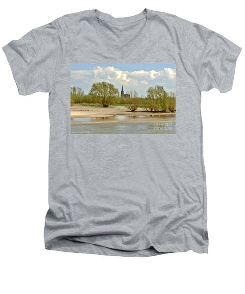 Sunday On The Rhine Men's V-Neck T-Shirt
