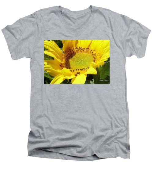 Sunflower With Honeybee Men's V-Neck T-Shirt