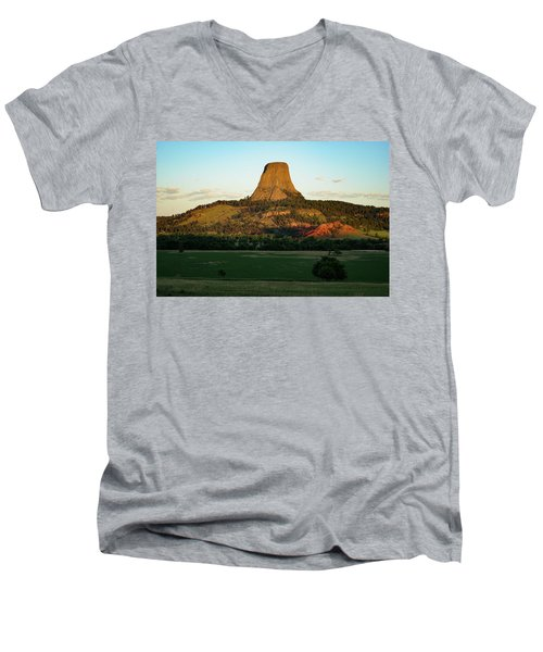 Men's V-Neck T-Shirt featuring the photograph Sunrise At Devils Tower by Bill Gabbert