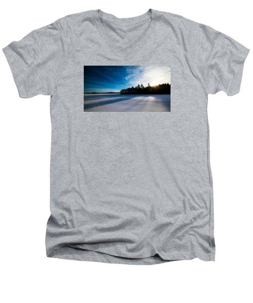 Sunrise In Winter Men's V-Neck T-Shirt