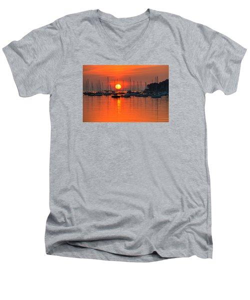 Sunrise On Salem Harbor Salem Ma Men's V-Neck T-Shirt
