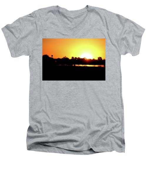 Sunrise Water Tower Men's V-Neck T-Shirt