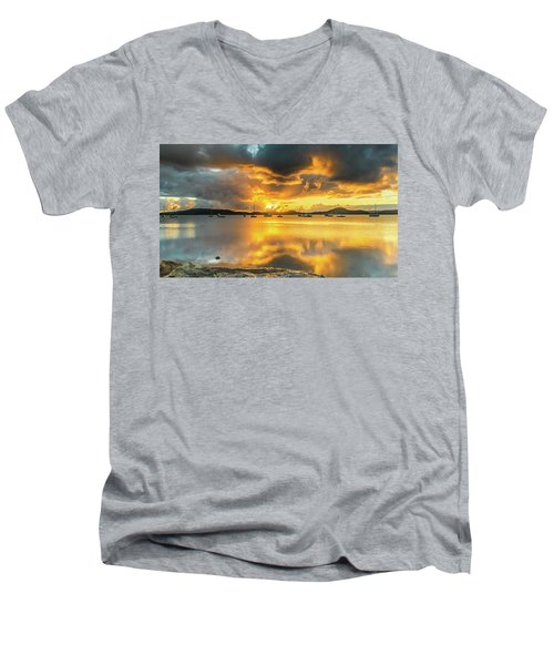 Sunrise Waterscape With Reflections Men's V-Neck T-Shirt
